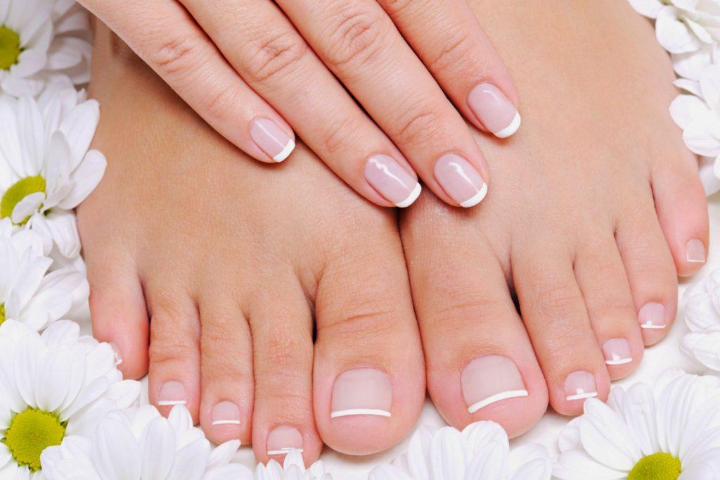 как правильно наращивать ногти на ногах